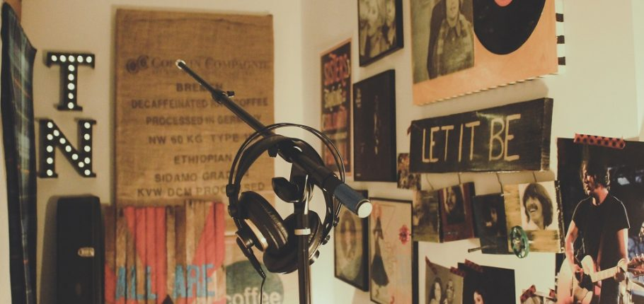 How to setup a home recording studio
