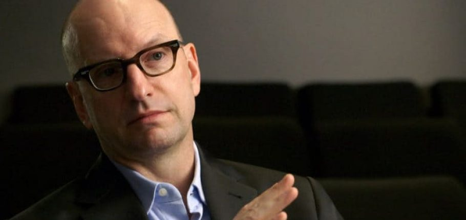 Steven Soderbergh shoots film on iPhone