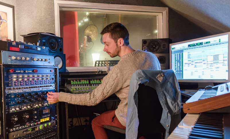 Sonic Visuals Recording Studio