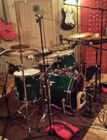 Micing Drums at ES Audio