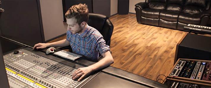 Control Room in Studio 713