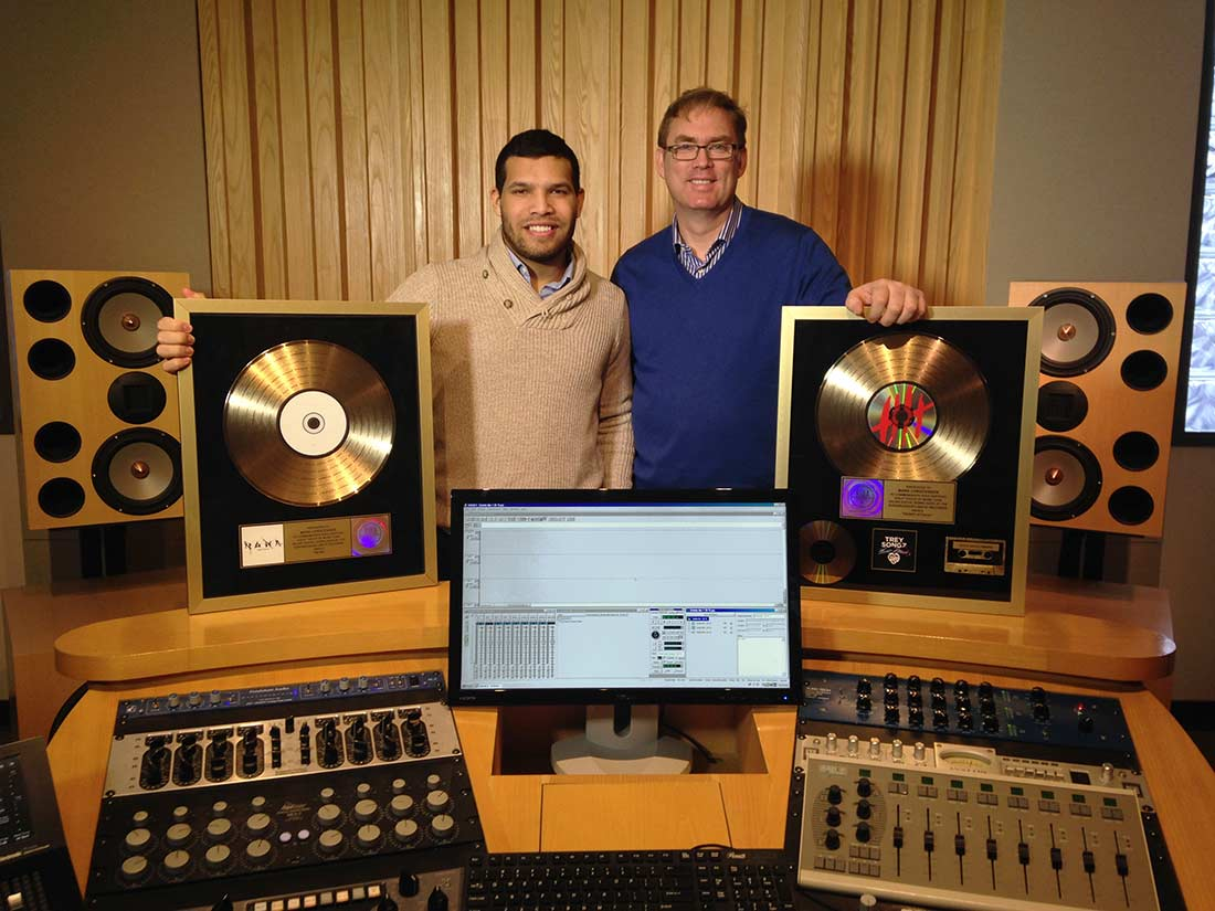 Nacor Zuluaga and mentor Mark Christensen in Mastering Room