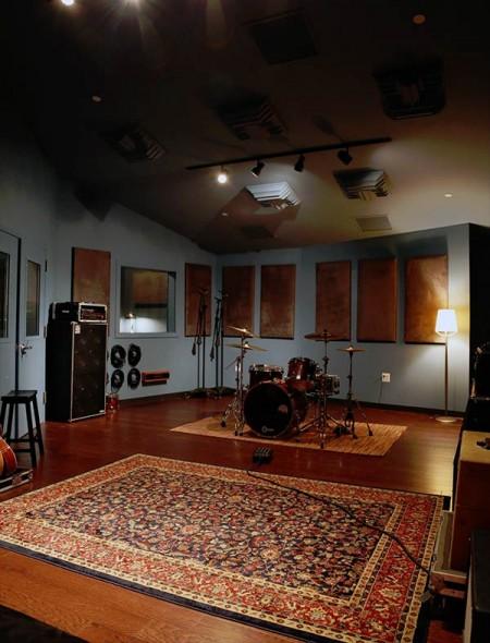 Blue Room in Herndon, VA