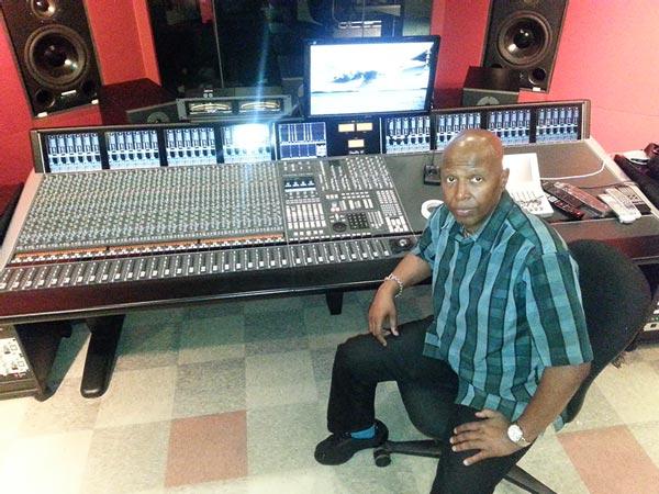 Recording Connection mentor Romeo Williams