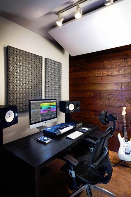 Production Room in Bravo Ocean Studios