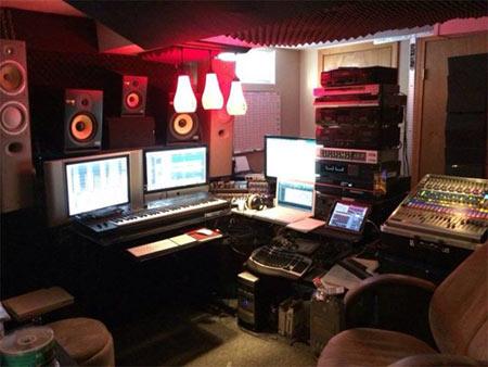 Control Room in Studio 128 Recording