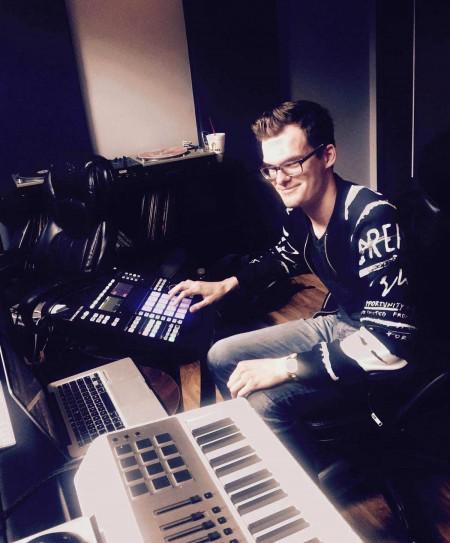Recording Connection grad Branden Gieske