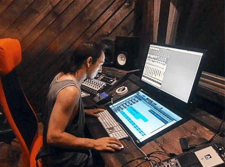 Nigel Dean at Phaser Recording Studios