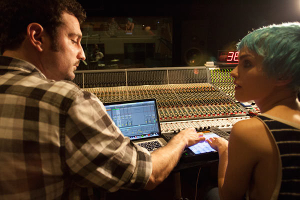 The vast majority of Recording Connection mentors have more than a decade of experience working in the industry.
